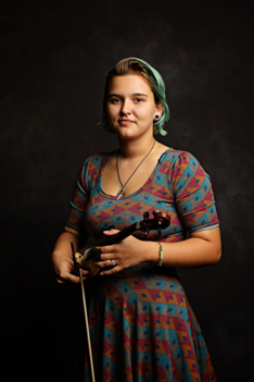Zoe Barnette